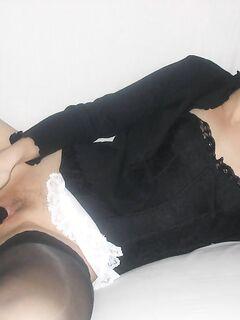 Опытная мамаша удовлетворяется секс игрушками