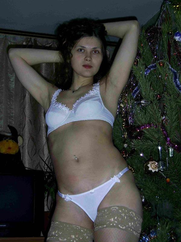 Студентка Галя шалит с секс игрушками