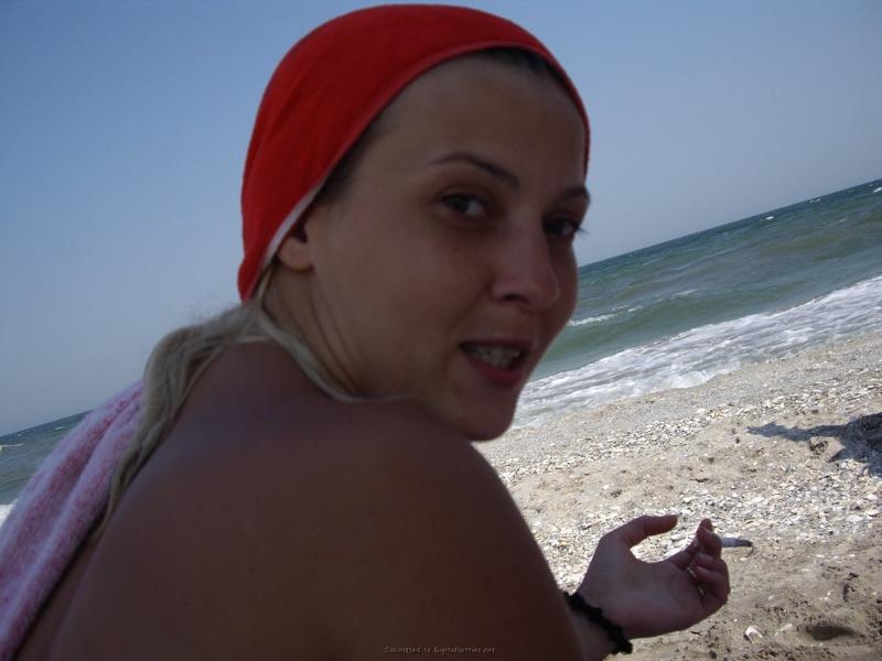 Любительницы орального секса отдыхают на пляже