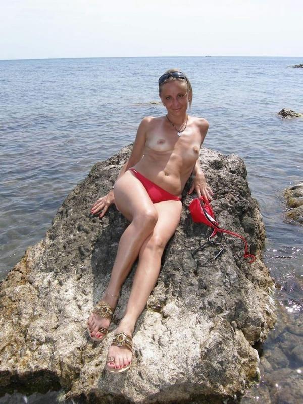 Зрелая леди отправила бывшему интимные снимки