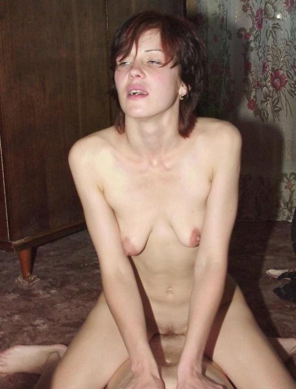 Любительница маленького писюна занялась сексом