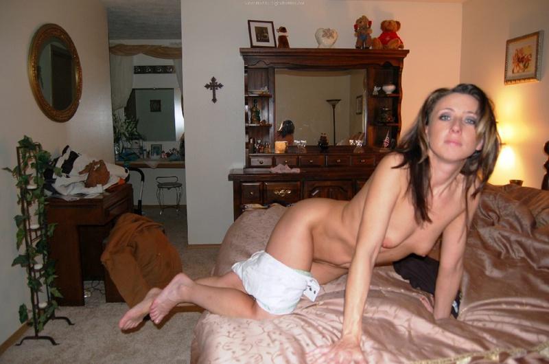 Ненасытная мамаша перепихнулась с соседом